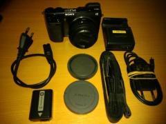 Sony Digitalkamera NEX-7 mit Wechselobjektiv, NEUWERTIG